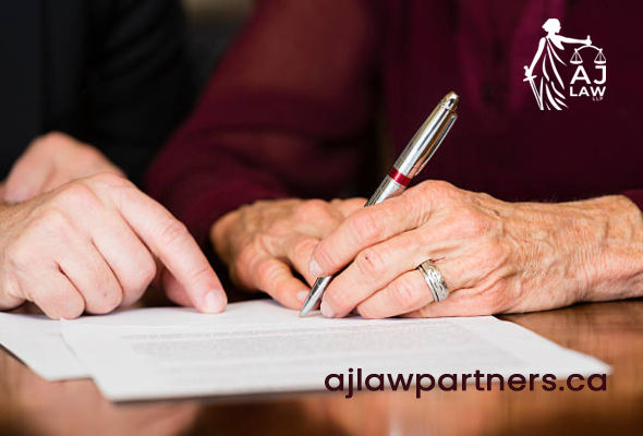 hand-of-an-old-woman-signing-her-will